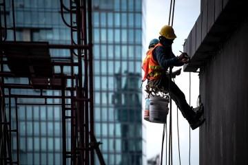 ¿Cuál es el trabajo en alturas en el equipo de protección personal?
