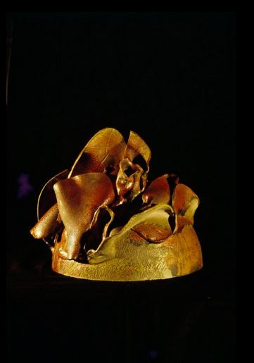 "Orange & Green, 2000, Ceramic, Collection: Jhaveri Contemporary & Nature Morte Part of ""Transfigurations: The Sculpture of Mrinalini Mukherjee"" Courtesy: The National Gallery of Modern Art, New Delhi"