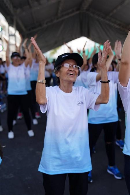 tập thể dục thường xuyên có thể giúp tăng nhu động cho ruột