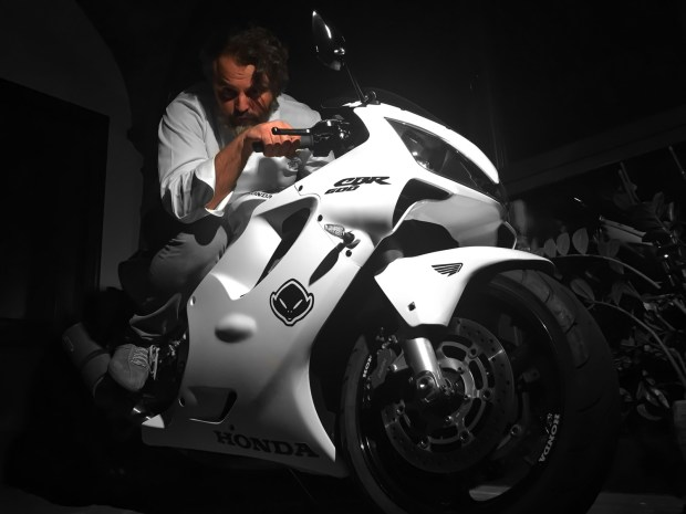 Marco Stabile sulla sua Honda CBR