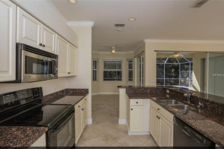 updated kitchen in Stonebridge home for sale