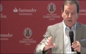 Conferencia de Antxón Sarasqueta en los cursos de verano de la Universidad Complutense