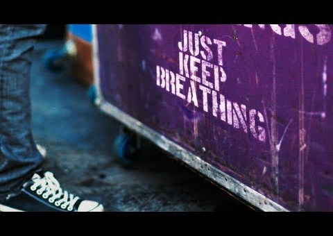 We The Kings – Just Keep Breathing