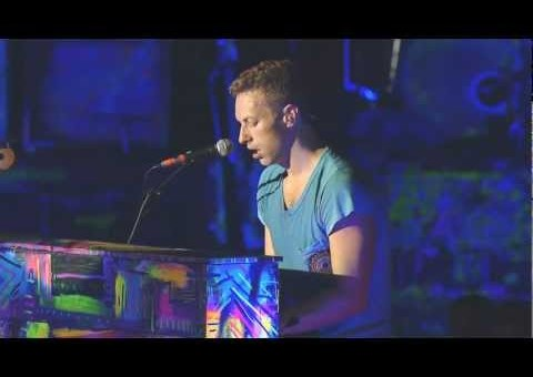 Coldplay – Fight For Your Right (MCA Tribute)