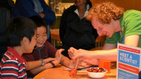 Alex Chattwood getting DNA from strawberries. (Photo: Tammy Matheson)