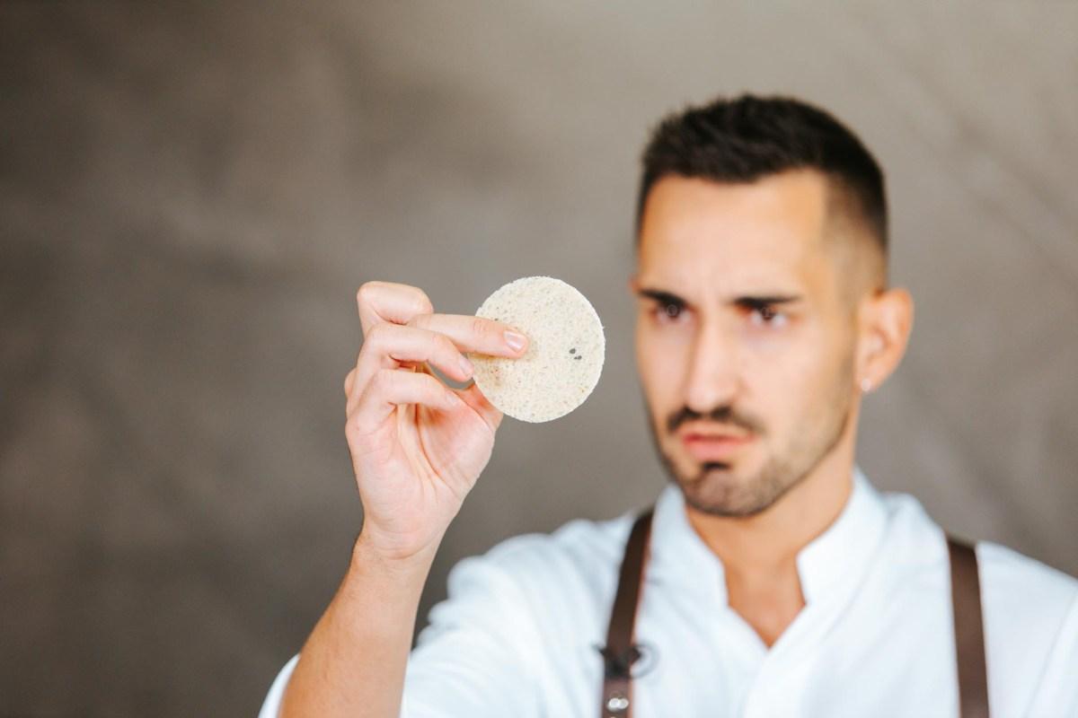 Conoce a Rafa Delgado, artesano de bocados dulces
