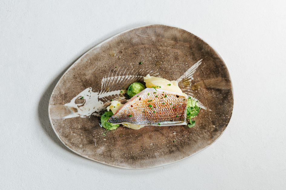 Técnicas básicas de trinchado de carne y desespinado de pescado