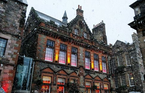 Snow falling at the Scotch Whisky Experience by Rebecca