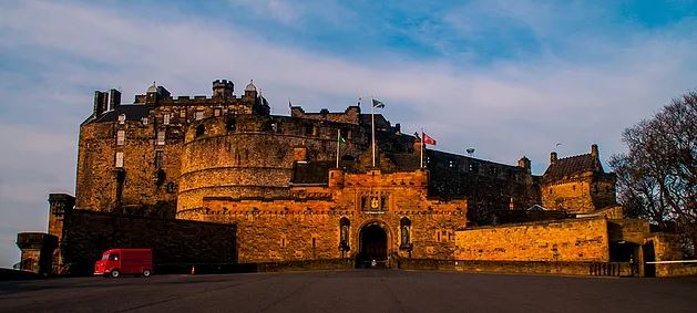 Edinburgh Castle (credit and copywright: Andrew Palmer)