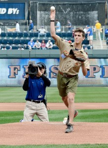 Alex-Houston-first-pitch