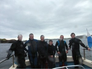 Our 4 New Openwater Divers, with Cillian & Aaron (sorry about the rain drops!)