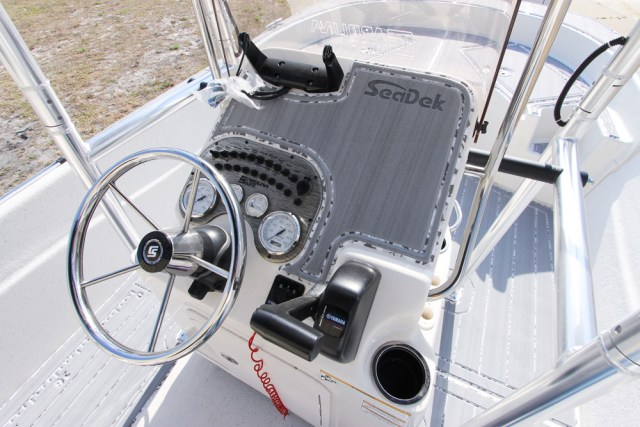2014 Carolina Skiff DLV 198-12