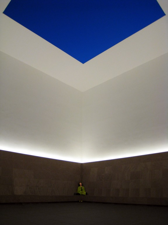 james_turrell_blueplanetsky_2004_kalevkevad