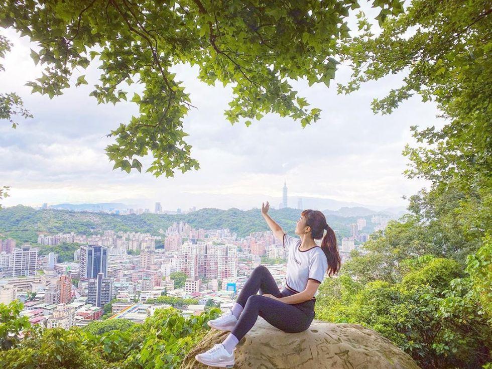 台北仙跡岩步道|東南旅遊