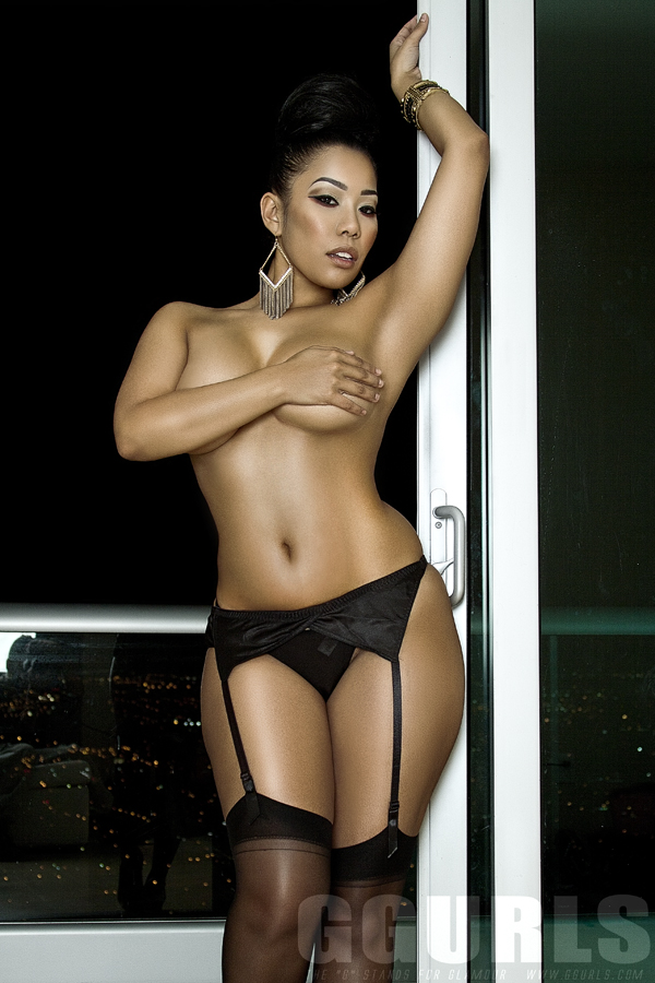 Ashleigh-Hue-leaked-nude-sexy-036-www.sexvcl.net_ Blasian (Black/Chinese) model Ashleigh Hue leaked nude sexy