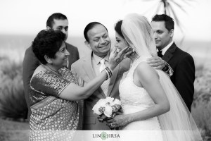 Touching moments beautifully captured by Lin and Jirsa. They will give you some of your photos in black and white, in addition to color.