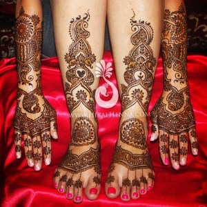 Mehndi by Hiral Henna on a bride's hands and feet