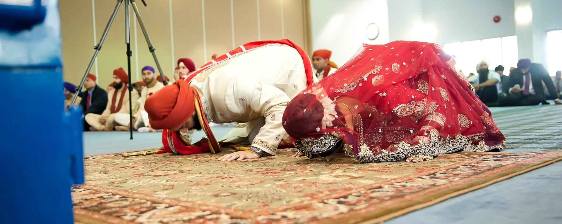 Anand Karaj Sikh ceremony Indian wedding at the Gurdwara