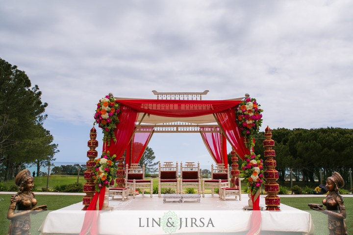 4 pillar Indian wedding mandap style