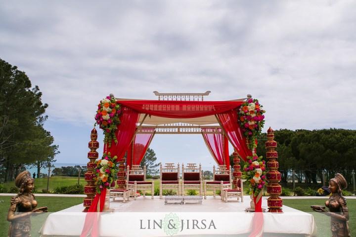 4 pillar Indian wedding mandap style