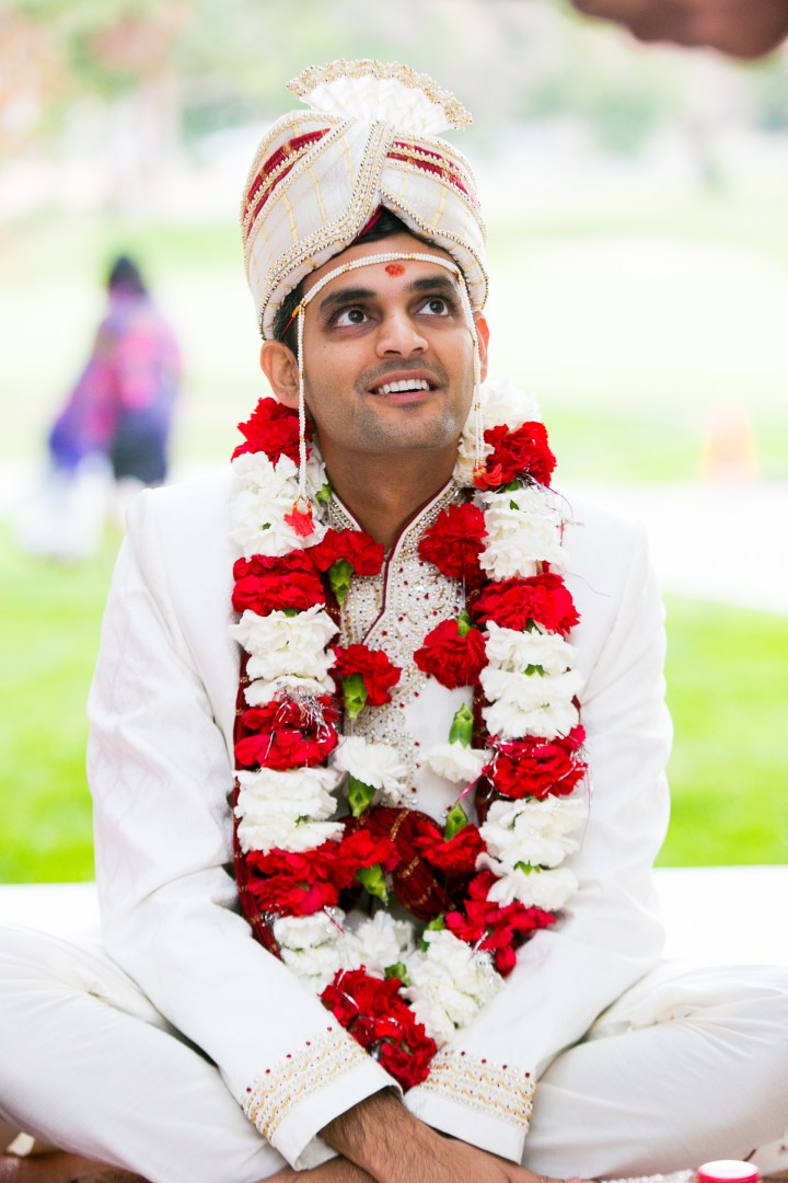 Groom wearing sherwani and sera for Hindu, Indian wedding and mundalviya