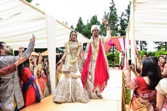 Neena-Chintan-Indian-wedding-venue-Hotel-Irvine-wedding-ceremony-Hindu-aisle-exit-mandap