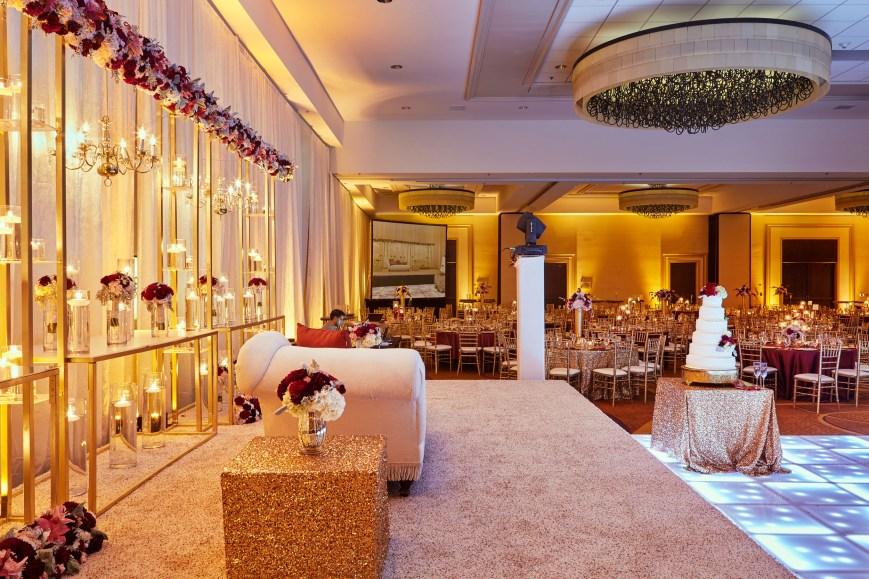 8-San-Ramon-Marriott-Indian-Wedding-VenueOASKR_Wedding_Ballroom_0864_2500PX