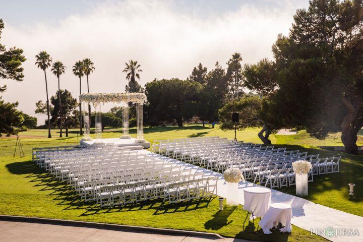 Wedding ceremony at the 10 Tee venue at Los Verdes Golf Club in Rancho Palos Verdes