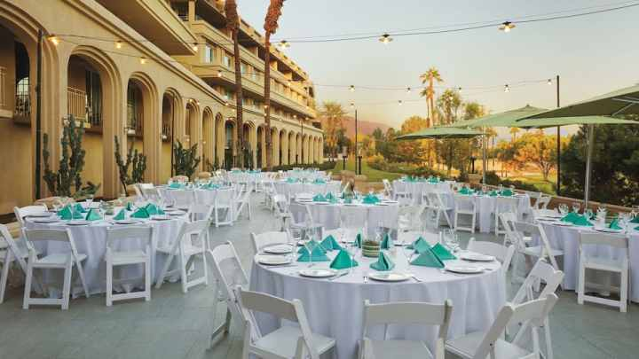 For a post-ceremony lunch, choose the Verbena Terrace at the Hyatt Regency Indian Wells for an Indian wedding in Palm Springs.