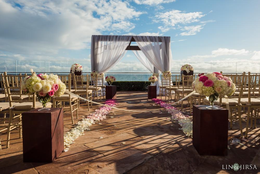 Oceanfront wedding ceremony at the Four Seasons Biltmore Santa Barbara