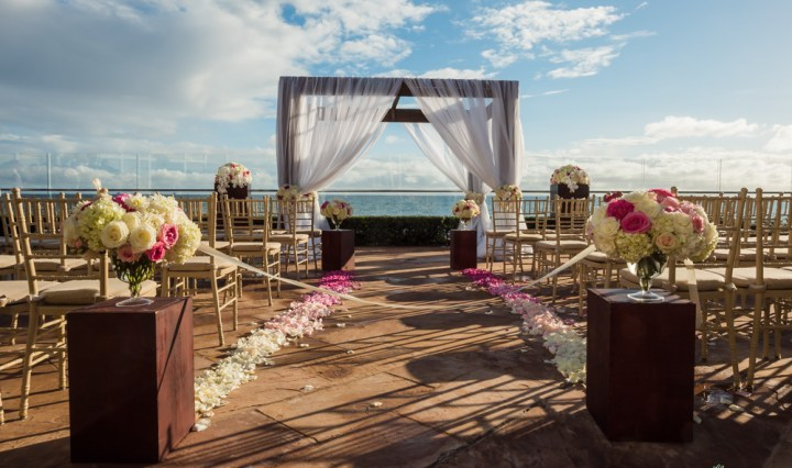 Oceanfront wedding ceremony at the Four Seasons Biltmore Santa Barbara