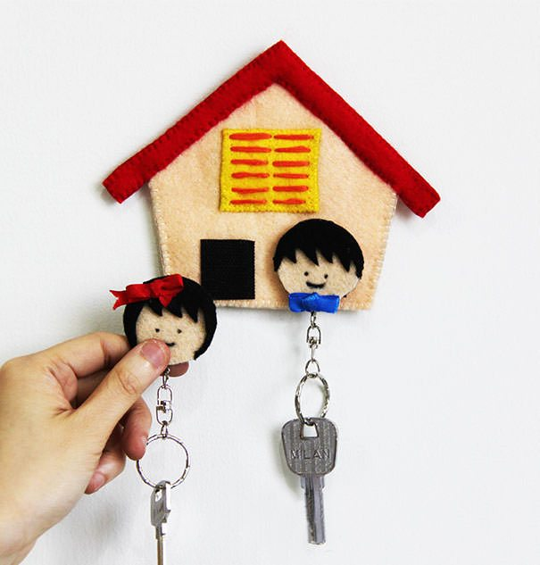 DIY-Felt-Home-Key-Holder