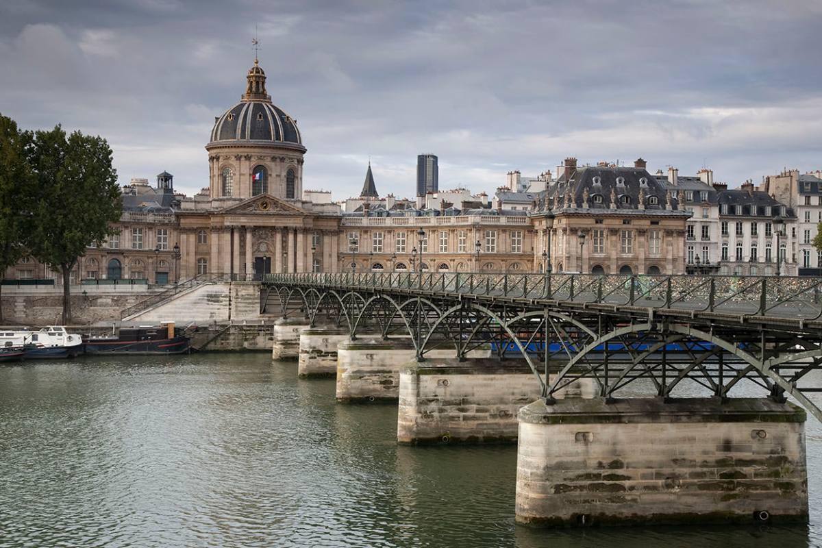 Pont des Arts Bridge over the River Seine, Paris, France