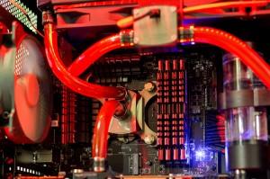 Rechner Rene offen Detail