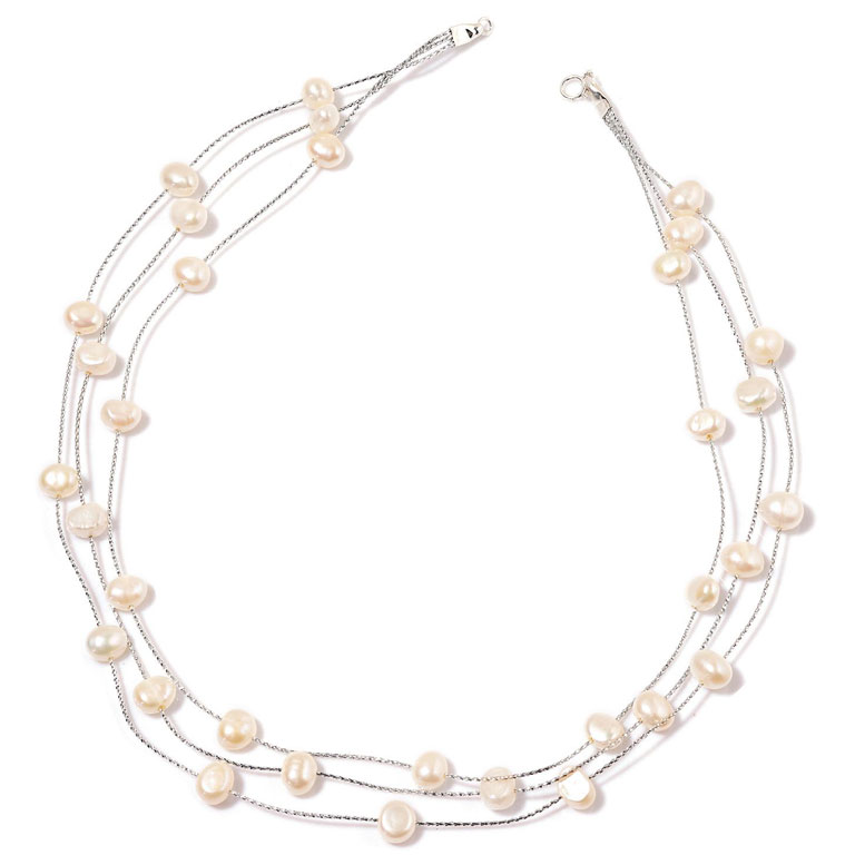 Pearl bridal party jewelry.
