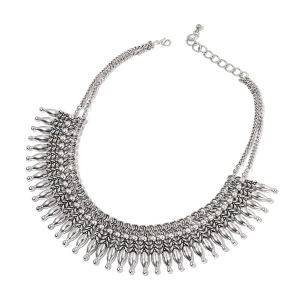 Dramatic bib necklace.