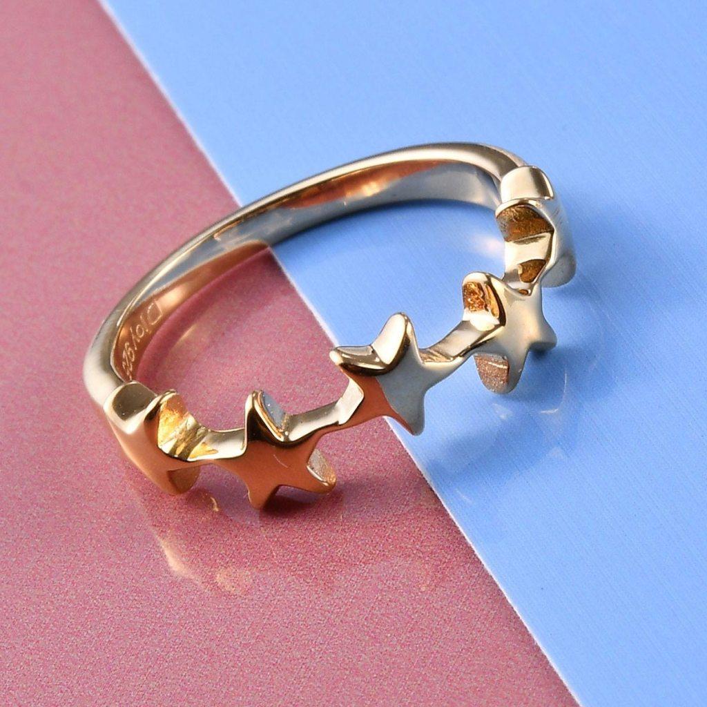 Gold vermeil star ring.