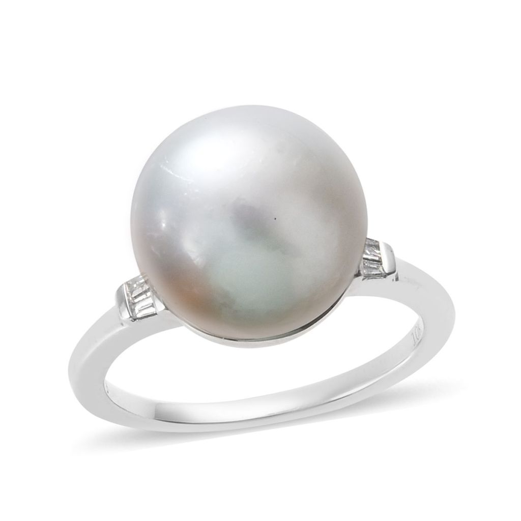 Cultured South Sea Pearl ring in 10K white gold.