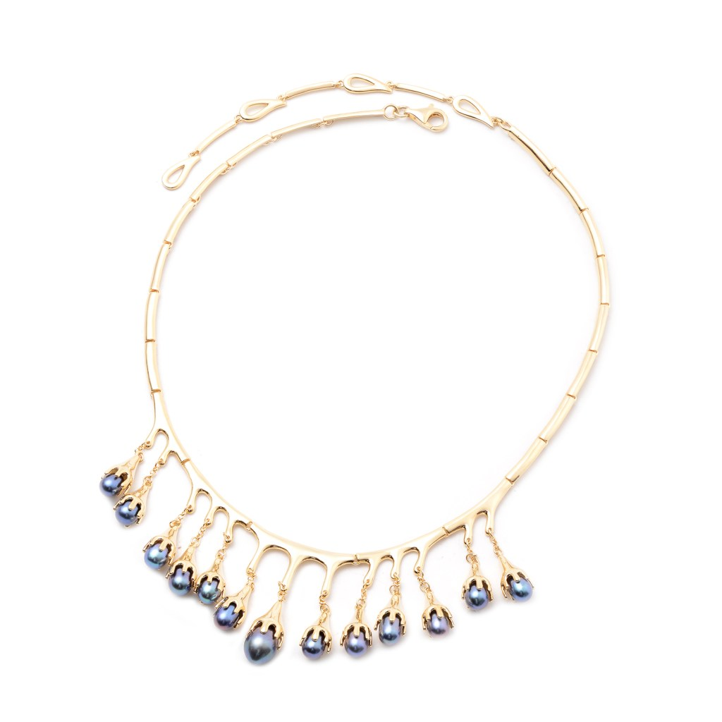 Lucy Q Drip Collection pearl statement necklace.
