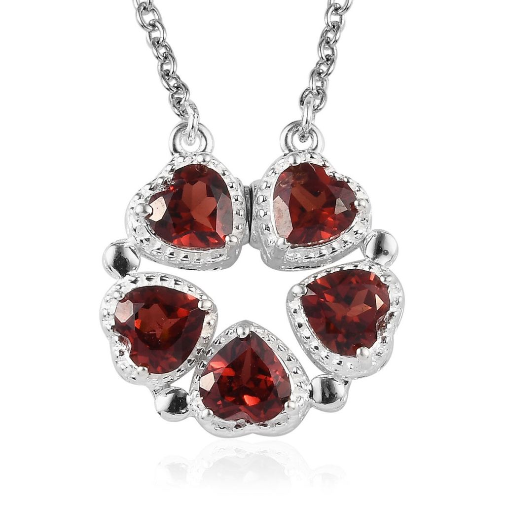 Garnet heart pendant.