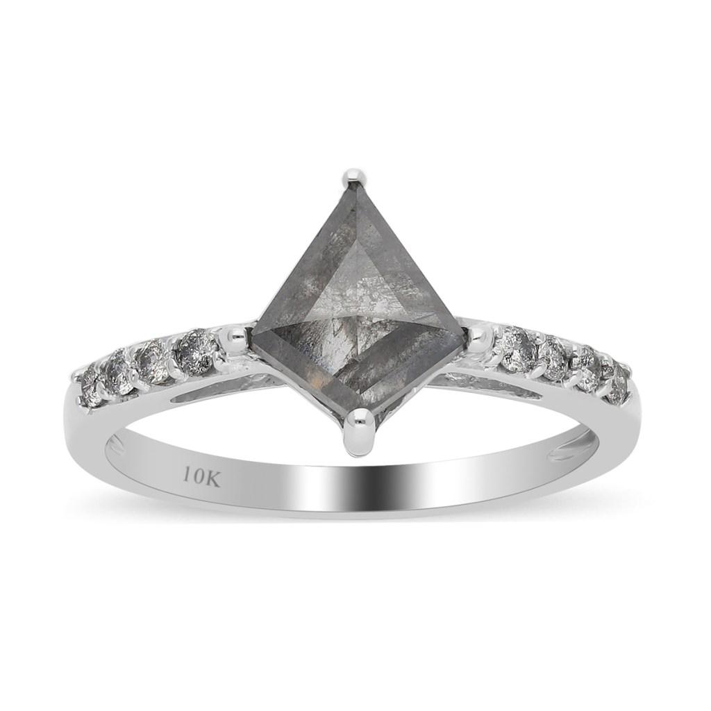 Kite diamond ring.