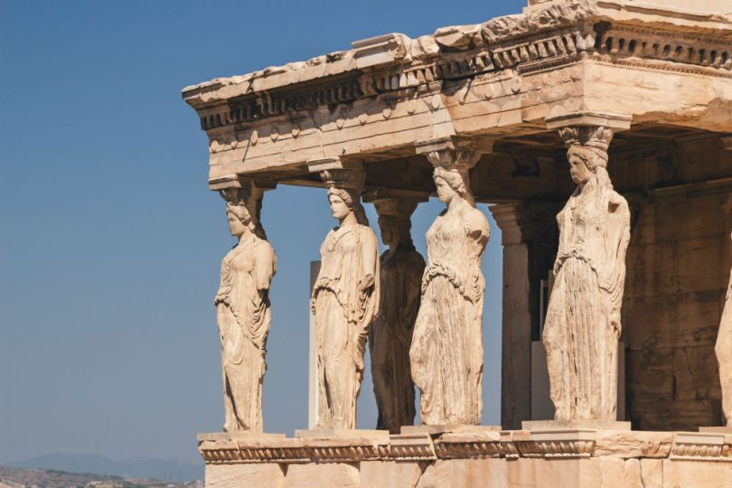 columnas en un templo en Grecia