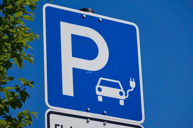 párking de vehículos eléctricos