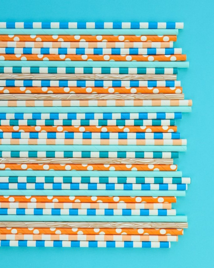 Boho Blues Paper Straws - Boho parties are so trendy right now! With a fun fall feel and beautiful color palette, this party ideas board is sure to get you in the bohemian party mood!