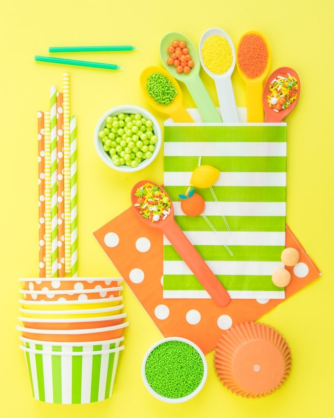 Lemon lime sprinkles, spoons, cups, and good bags.