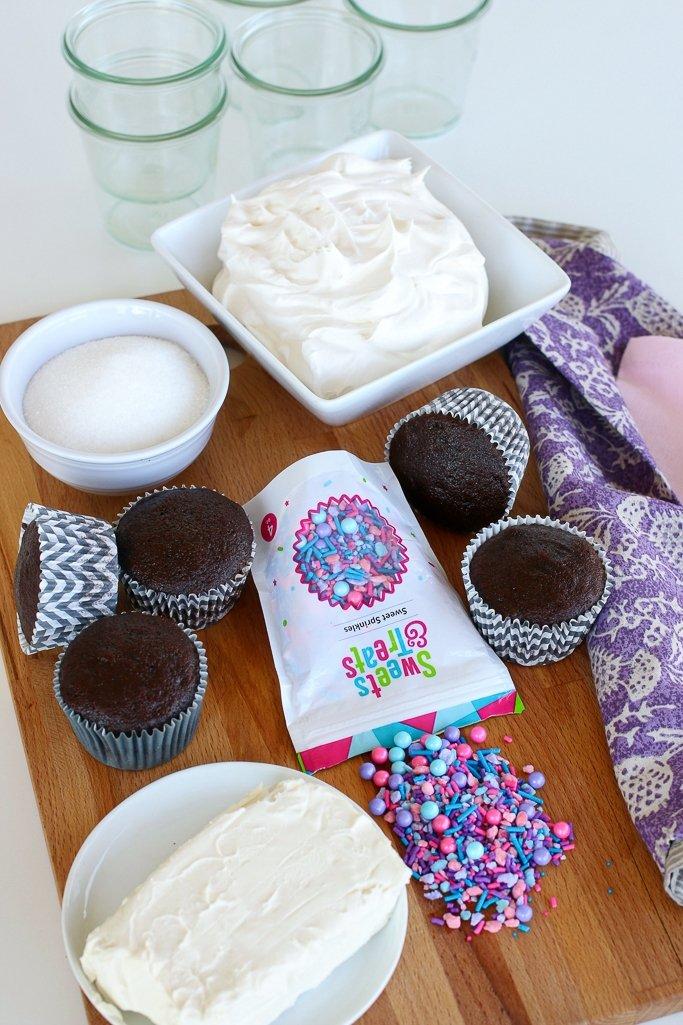 Ingredients to make no bake cheesecake trifles