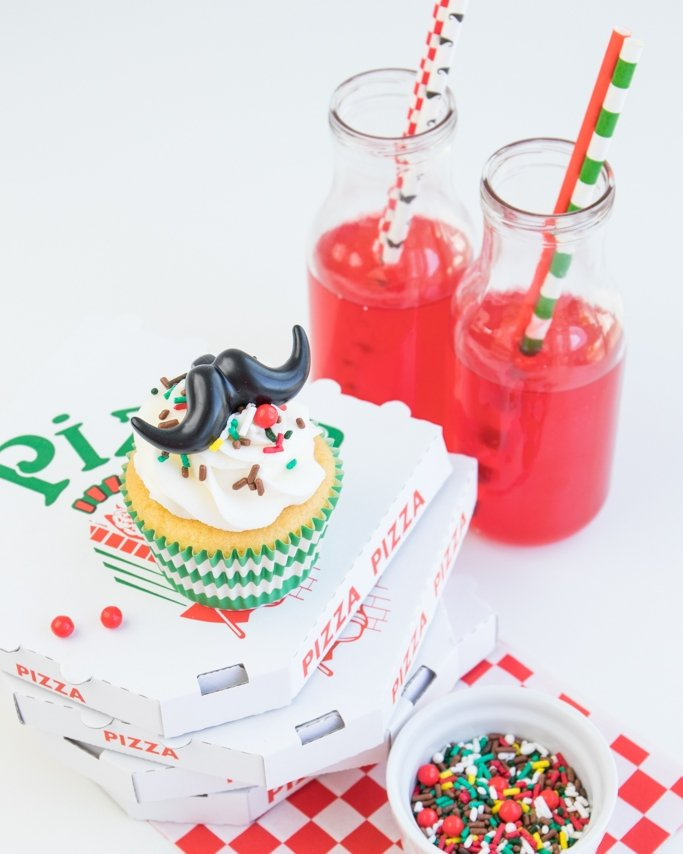 Pizza party cupcake and drinks.