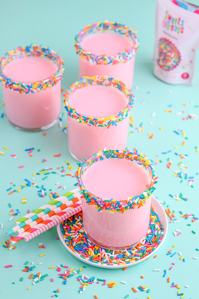 This image shows the perfectly sprinkle dipped cups set out, filled up, and ready to be enjoyed.