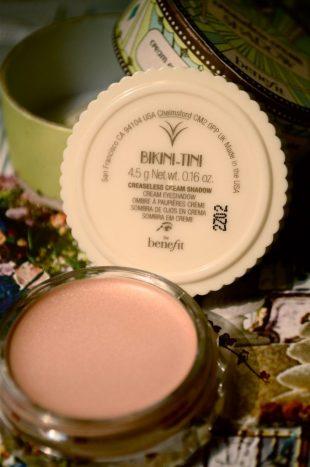 benefit creaseless cream shadows