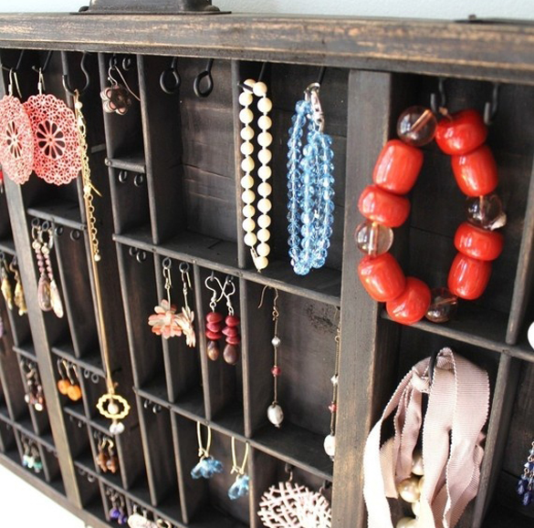 Jewelry-wooden-organizer-